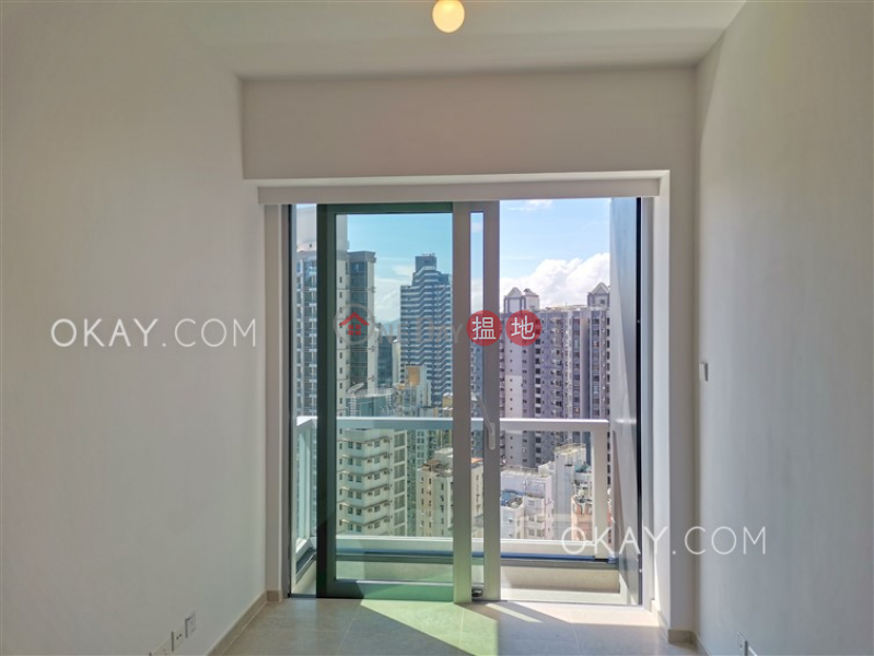 HK$ 27,000/ month Resiglow Pokfulam | Western District, Practical 1 bedroom on high floor with balcony | Rental
