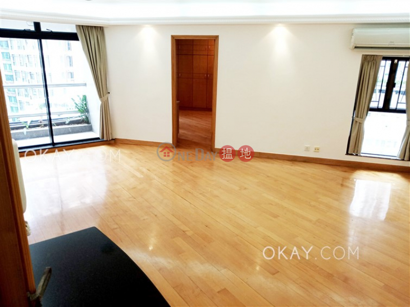 HK$ 45,000/ month Albron Court, Central District, Luxurious 3 bedroom with balcony & parking | Rental