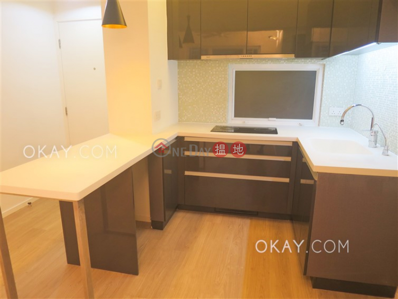 Nicely kept 2 bedroom with parking | For Sale | 5 Chun Fai Road | Wan Chai District | Hong Kong | Sales | HK$ 13.5M