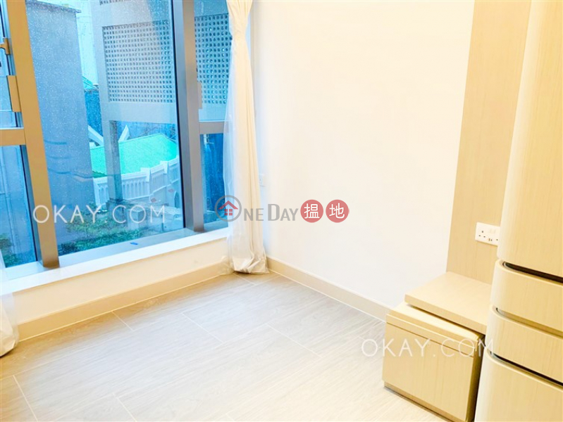 Popular 2 bedroom with balcony | Rental | 110-118 Caine Road | Western District, Hong Kong, Rental HK$ 33,000/ month