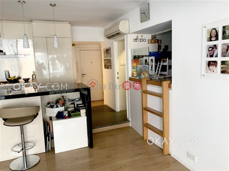 HK$ 49,000/ month, Kiu Hing Mansion, Eastern District | Lovely 3 bedroom with balcony | Rental