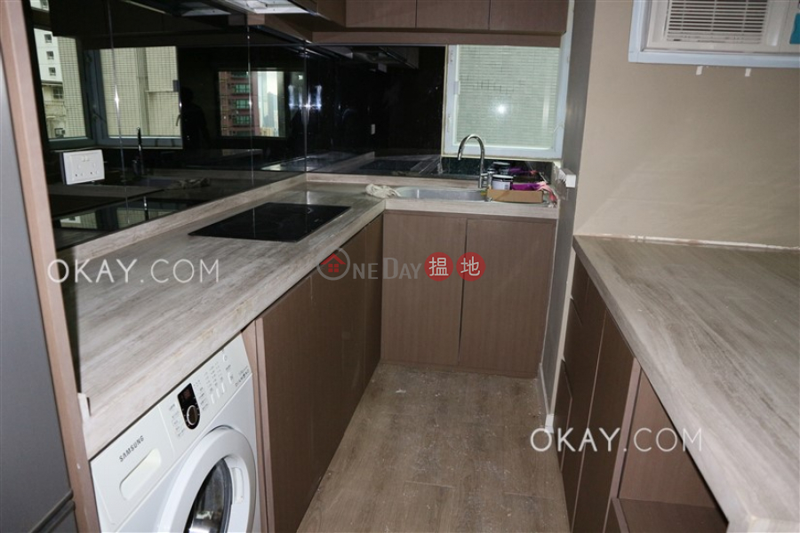 HK$ 30,000/ month   Floral Tower, Western District   Charming 2 bedroom in Mid-levels West   Rental