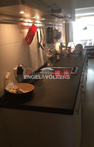 2 Bedroom Flat for Sale in Soho, 122 Hollywood Road 荷李活道122號 Sales Listings | Central District (EVHK89145)