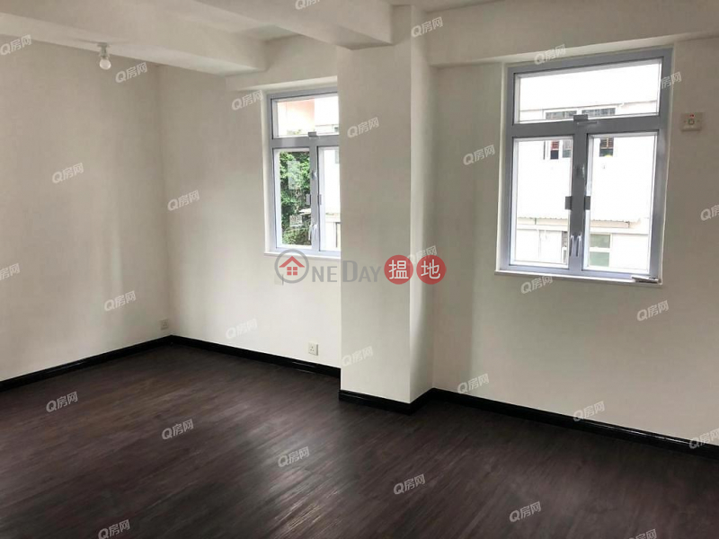 HK$ 7.3M, Tai Hing Building Central District   Tai Hing Building   Mid Floor Flat for Sale