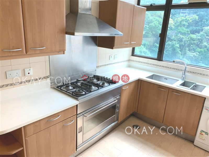Exquisite 3 bed on high floor with harbour views | Rental | Fairlane Tower 寶雲山莊 Rental Listings