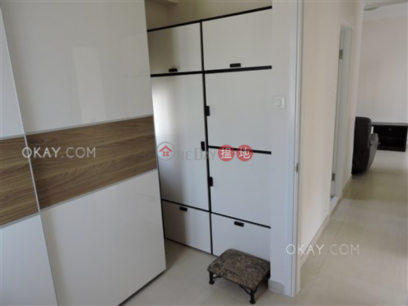 HK$ 28,000/ month | Lai Sing Building Wan Chai District | Charming 3 bedroom on high floor | Rental