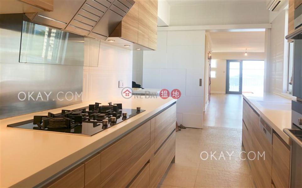 Efficient 3 bed on high floor with sea views & balcony | Rental | Block 45-48 Baguio Villa 碧瑤灣45-48座 Rental Listings