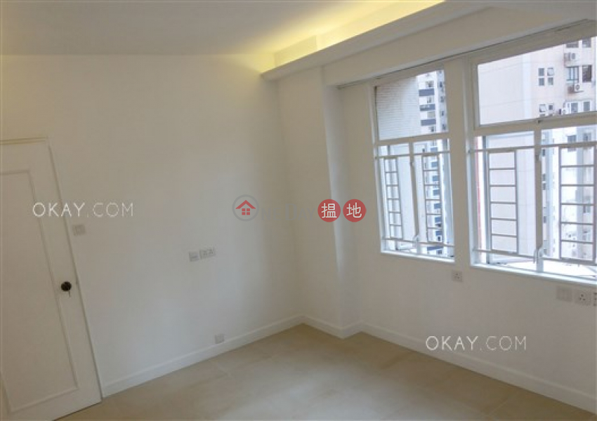 Stylish 3 bedroom on high floor with balcony & parking | For Sale | Holland Garden 康蘭苑 Sales Listings