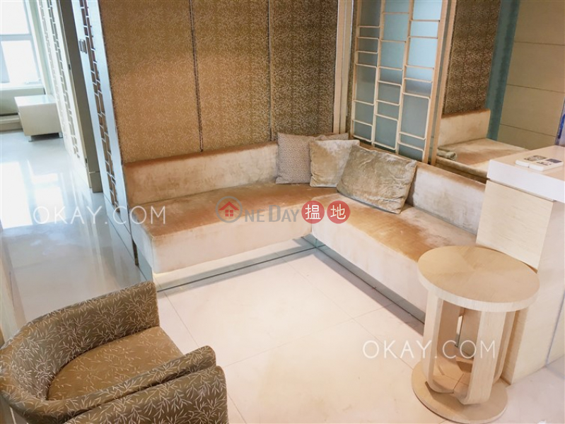 Lovely 2 bedroom on high floor with balcony | Rental | Centre Place 匯賢居 Rental Listings