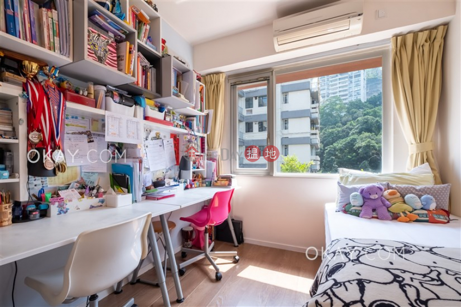 Property Search Hong Kong | OneDay | Residential, Sales Listings | Nicely kept 3 bed on high floor with rooftop & parking | For Sale