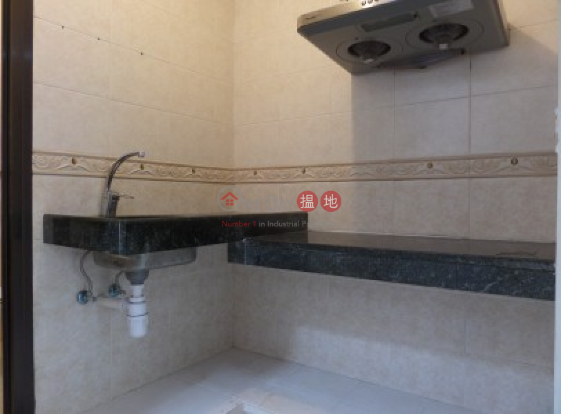 HK$ 12,000/ month Lucky Court, Block A, Lantau Island, Newly Renovated 700 sqfts with Kitchen