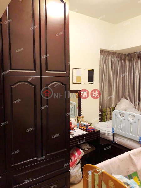 Property Search Hong Kong | OneDay | Residential | Rental Listings | One Regent Place Block 1 | 3 bedroom Low Floor Flat for Rent
