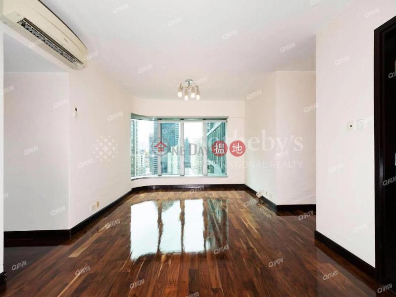 Casa Bella | 3 bedroom Low Floor Flat for Sale | Casa Bella 寶華軒 Sales Listings