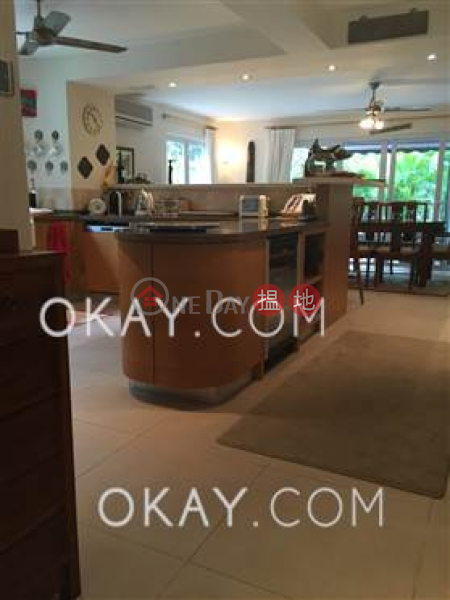 HK$ 27M   Springfield Villa House 4 Sai Kung, Stylish house with rooftop, terrace & balcony   For Sale