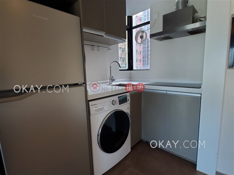 HK$ 25,000/ month | Caine Tower Central District, Tasteful 1 bedroom in Sheung Wan | Rental