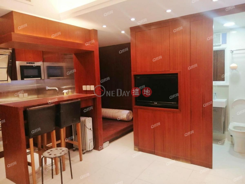 HK$ 18,000/ month, Ryan Mansion | Western District | Ryan Mansion | Low Floor Flat for Rent