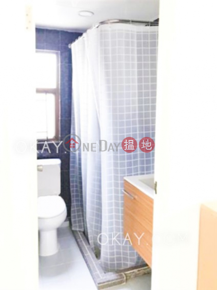 HK$ 6.75M | Winly Building | Central District Tasteful high floor in Central | For Sale