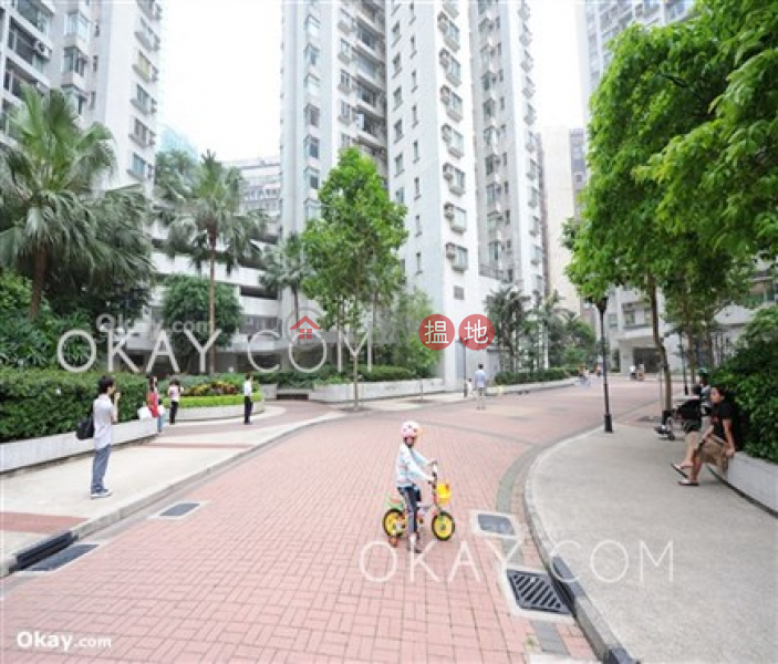 Efficient 2 bedroom on high floor with harbour views   For Sale, 1-5 Fook Yam Road   Eastern District Hong Kong   Sales, HK$ 17M