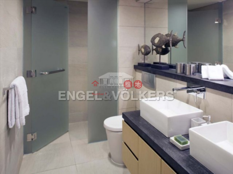 2 Bedroom Flat for Sale in Pok Fu Lam, Aqua 33 金粟街33號 Sales Listings | Western District (EVHK7842)