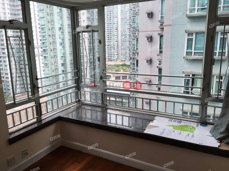 HK$ 20,500/ month Tower 5 Phase 1 Metro City Sai Kung, Tower 5 Phase 1 Metro City   3 bedroom Low Floor Flat for Rent
