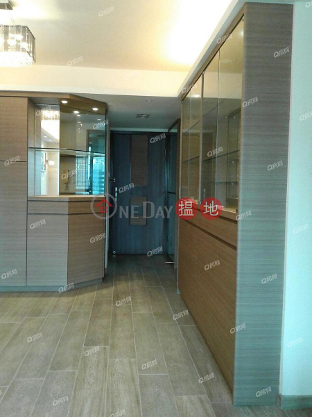 Tower 6 Island Harbourview | 2 bedroom Mid Floor Flat for Sale | Tower 6 Island Harbourview 維港灣6座 Sales Listings