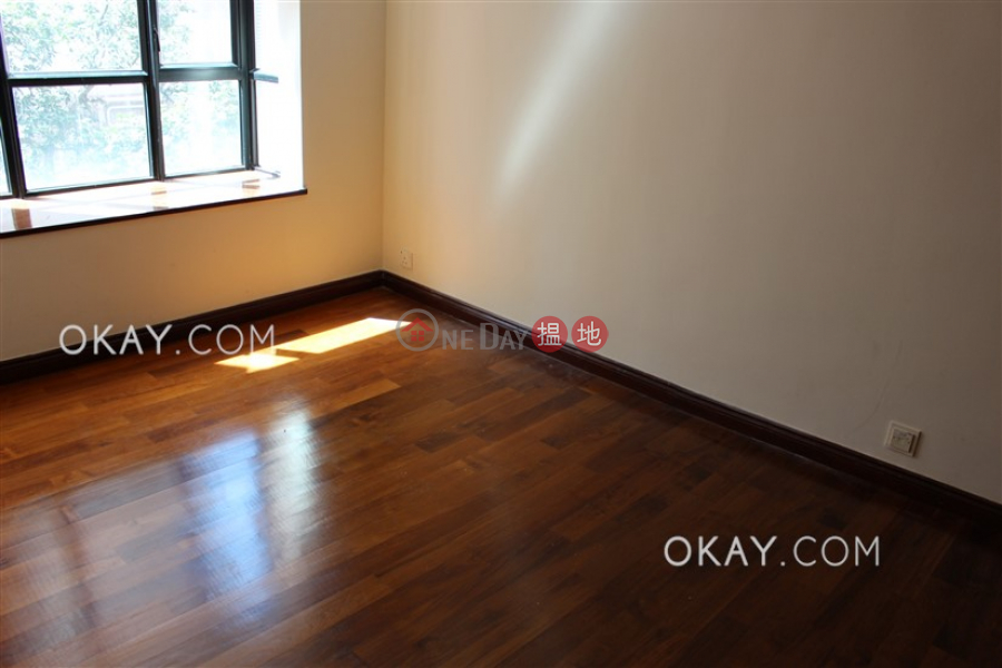 HK$ 88,000/ month | Dynasty Court | Central District, Stylish 4 bedroom with balcony | Rental