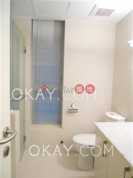 HK$ 110,000/ month, Haking Mansions Central District, Rare 3 bedroom with harbour views, balcony | Rental