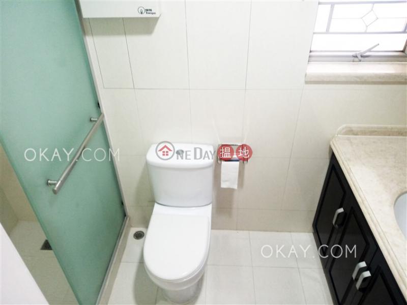 HK$ 33,000/ month, Island Place Eastern District | Tasteful 3 bedroom on high floor | Rental