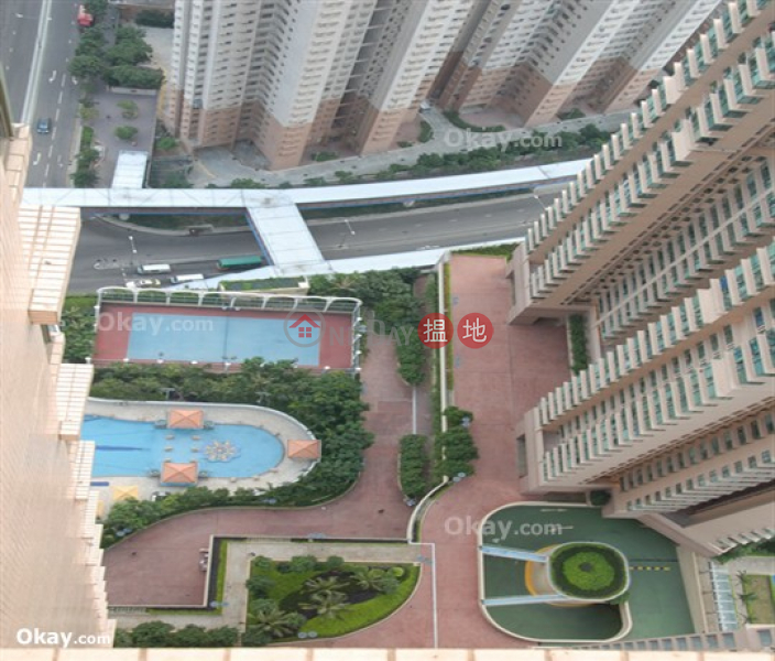 Luxurious 2 bedroom on high floor with rooftop | For Sale, 28 Siu Sai Wan Road | Chai Wan District | Hong Kong | Sales | HK$ 14M