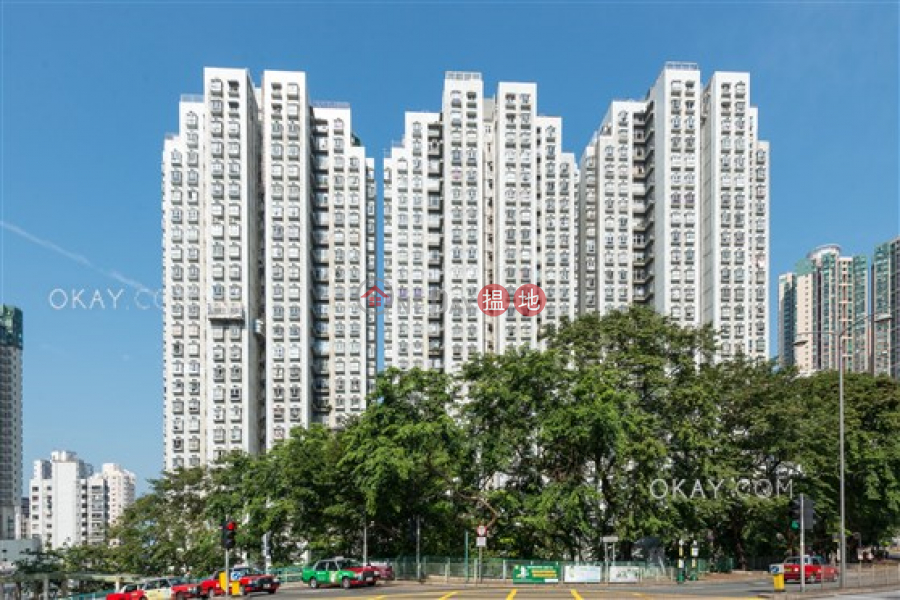HK$ 10.8M | Academic Terrace Block 2 | Western District, Rare 2 bedroom in Pokfulam | For Sale