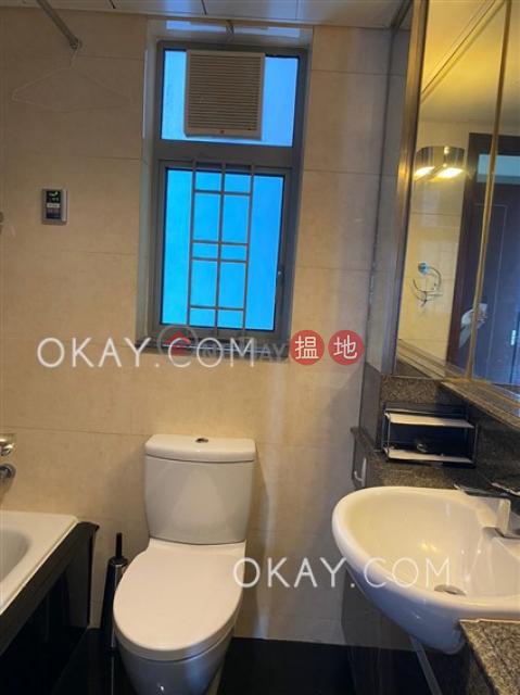 3房2廁,星級會所,露台《泓都出售單位》|泓都(The Merton)出售樓盤 (OKAY-S78135)_0