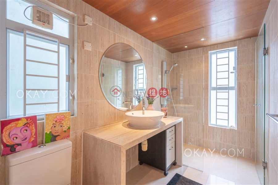 Gorgeous house with rooftop, balcony | For Sale | Hing Keng Shek 慶徑石 Sales Listings