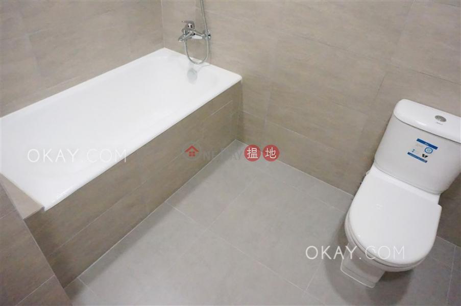 3房2廁,實用率高,連租約發售,露台峰景大廈出租單位|峰景大廈(Hilltop Mansion)出租樓盤 (OKAY-R11723)