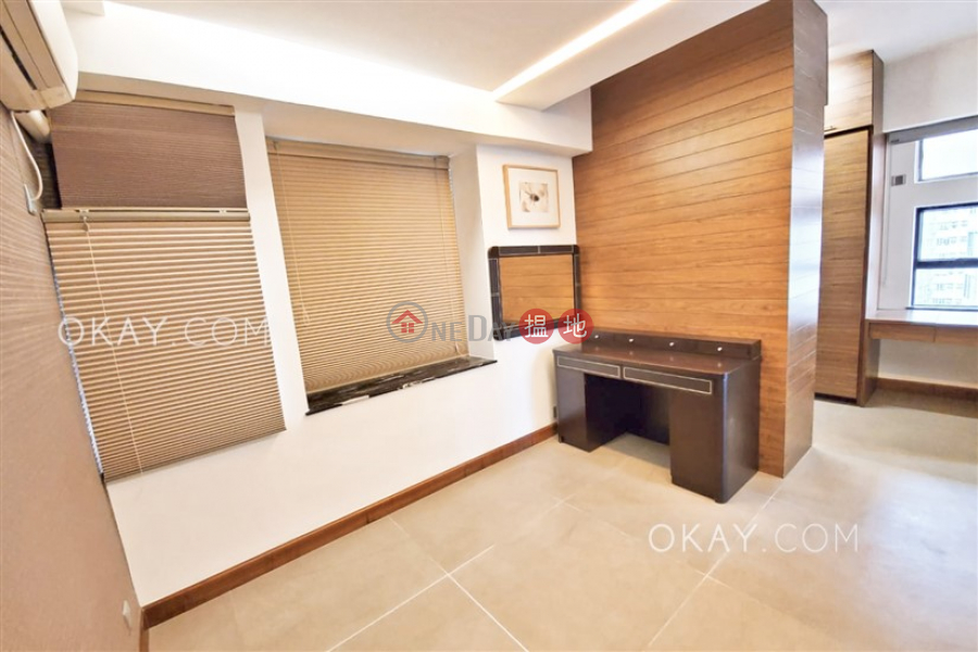 Property Search Hong Kong | OneDay | Residential Rental Listings | Gorgeous 2 bedroom in Mid-levels West | Rental