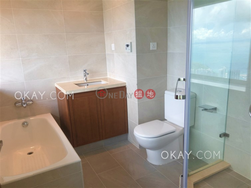 HK$ 89M, Mountain Lodge Central District Efficient 3 bed on high floor with sea views & parking | For Sale