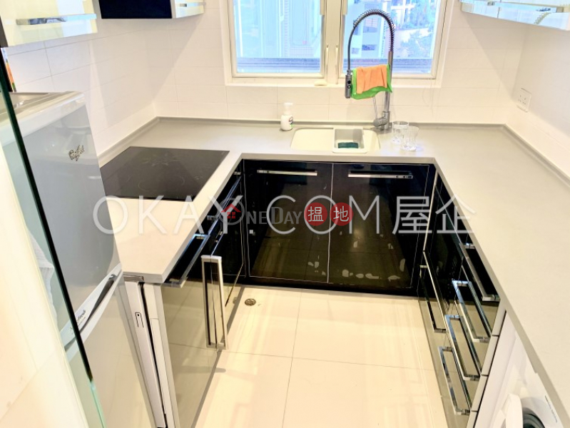 Gorgeous 2 bedroom in Mid-levels Central | For Sale | Valverde 蔚皇居 Sales Listings