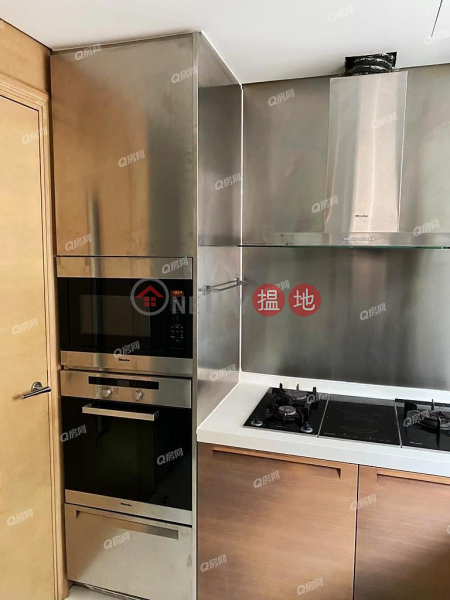 HK$ 44,000/ month   No 31 Robinson Road   Western District, No 31 Robinson Road   3 bedroom Low Floor Flat for Rent