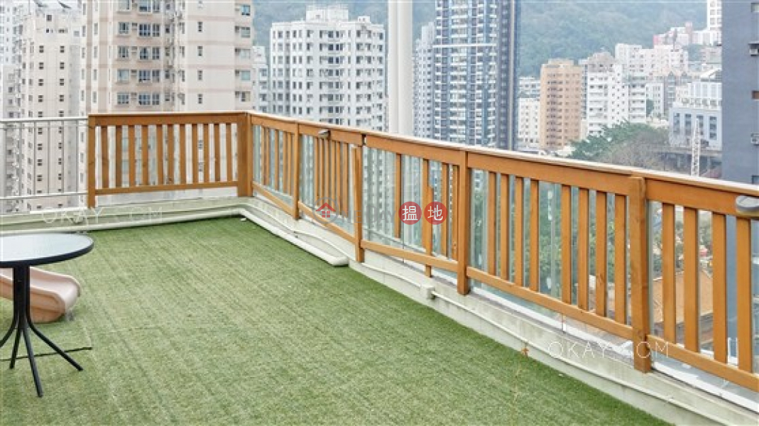 Unique penthouse with rooftop & parking | For Sale | Fine Mansion 豐寧大廈 Sales Listings
