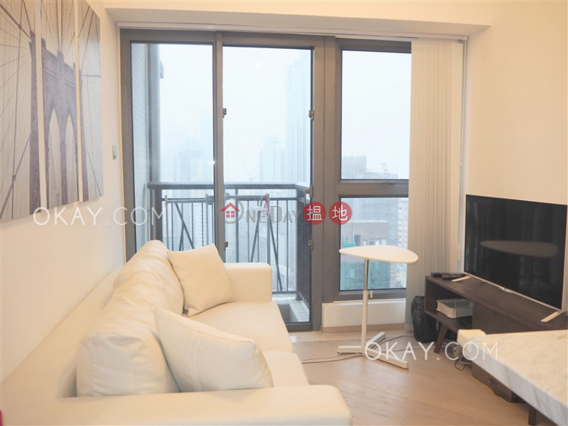 HK$ 8.5M | The Met. Sublime | Western District, Charming 1 bed on high floor with sea views & balcony | For Sale