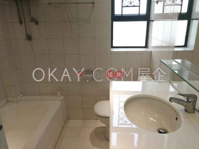 HK$ 55,000/ 月 冠冕臺18-22號 西區3房2廁,實用率高,海景,連車位冠冕臺18-22號出租單位
