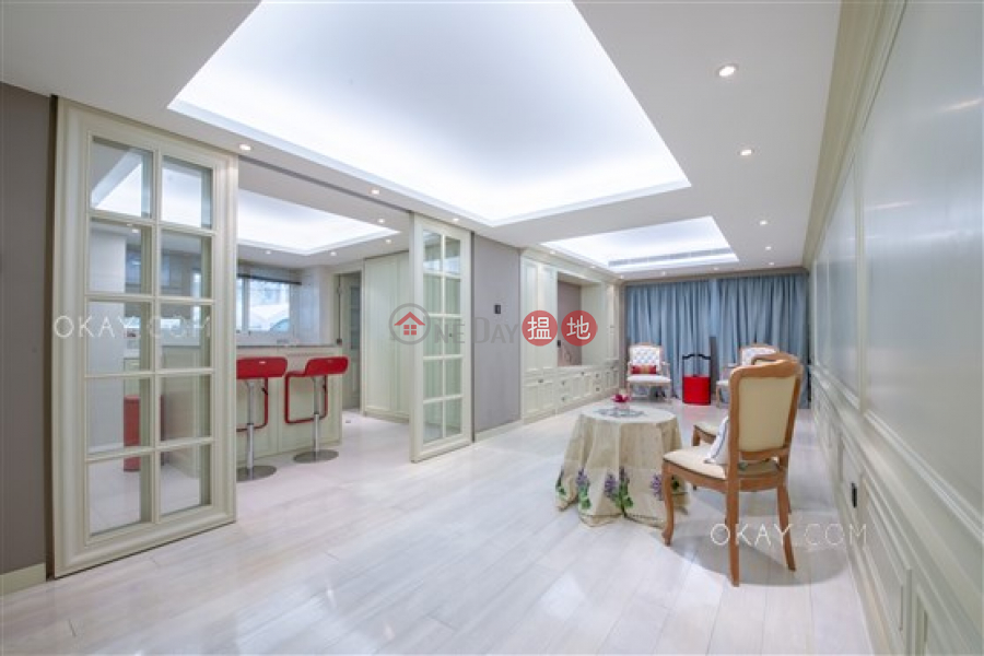 HK$ 80,000/ month | Phase 2 Villa Cecil, Western District | Lovely 3 bedroom with terrace, balcony | Rental