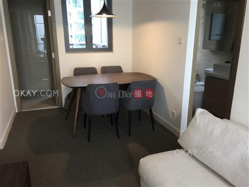 HK$ 29,500/ month 18 Catchick Street, Western District | Intimate 3 bedroom on high floor with sea views | Rental