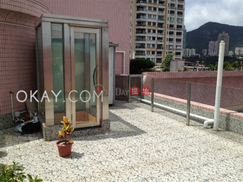 HK$ 44,000/ month, 1 Tai Hang Road, Wan Chai District, Charming penthouse with rooftop & parking | Rental