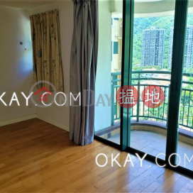 Charming 4 bedroom with sea views & balcony | For Sale