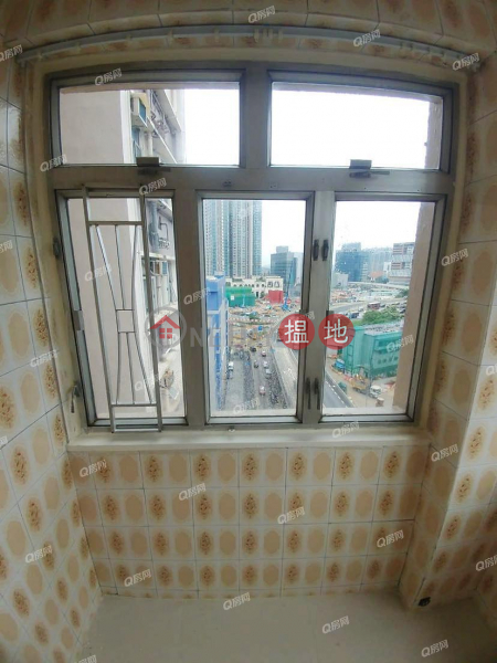 HK$ 3.5M   Tak Cheong Building   Yau Tsim Mong   Tak Cheong Building   1 bedroom Mid Floor Flat for Sale