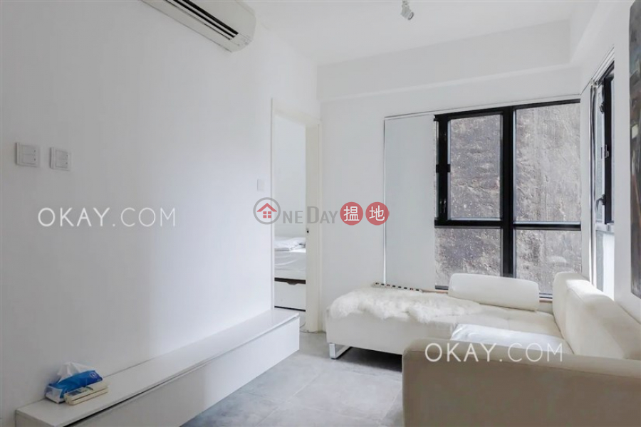 Intimate 2 bedroom in Mid-levels West | For Sale | Bellevue Place 御林豪庭 Sales Listings