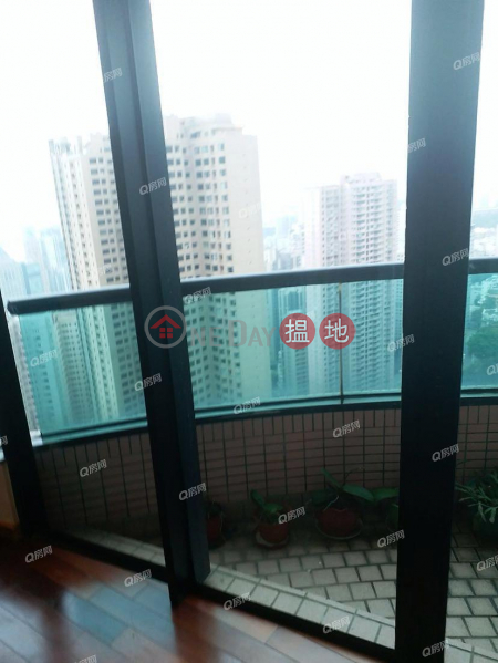 Property Search Hong Kong | OneDay | Residential Rental Listings, Dynasty Court | 3 bedroom Mid Floor Flat for Rent