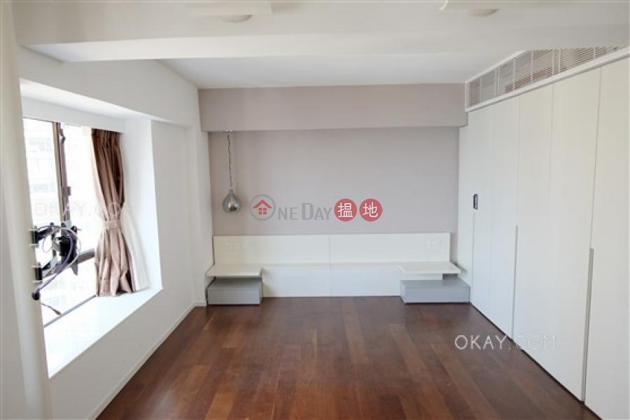 2房2廁,實用率高《輝鴻閣出租單位》 輝鴻閣(Excelsior Court)出租樓盤 (OKAY-R13366)