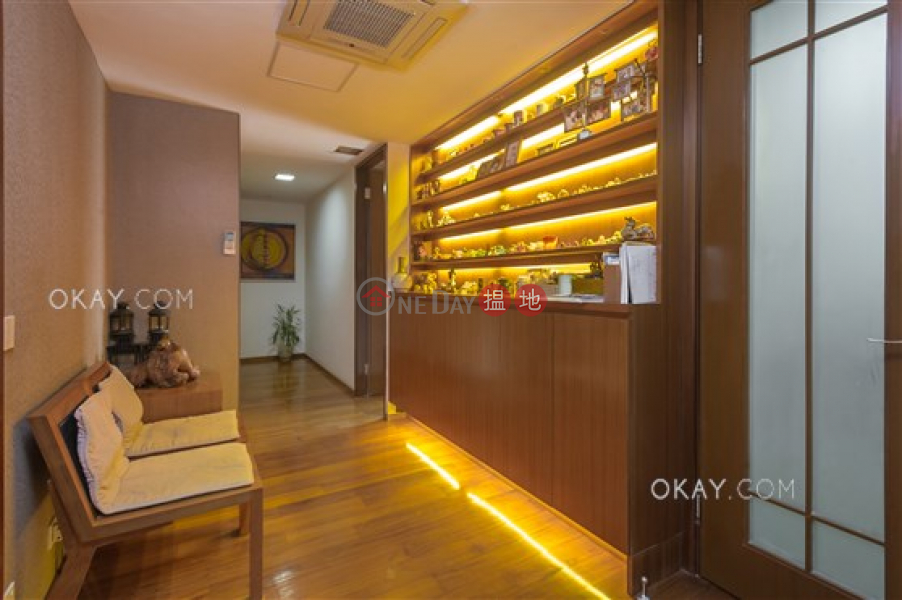 Property Search Hong Kong | OneDay | Residential, Sales Listings Exquisite 3 bedroom with rooftop & parking | For Sale