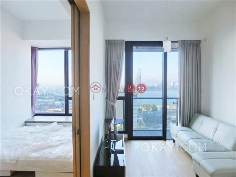 HK$ 11.8M, The Gloucester | Wan Chai District, Nicely kept 1 bedroom with sea views & balcony | For Sale
